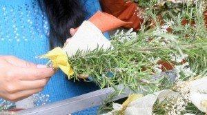 El romero, la hierbabuena y las hojas de choclo forman parte de la alternativa para usar las plantas en el Domingo de Ramos. Foto: Archivo/ EL COMERCIO